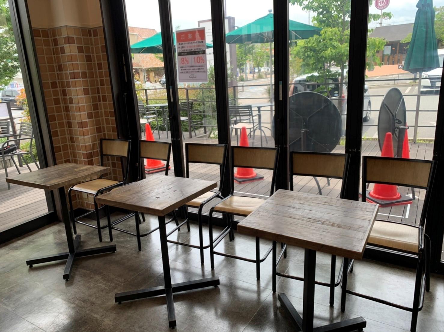 カフェの営業一部再開しました!